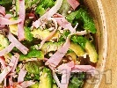 Рецепта Салата с авокадо и бекон